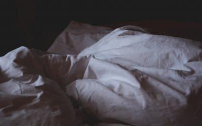 Fisk kan give bedre søvn – Hvad forskningen siger